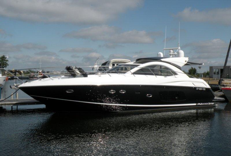Sunseeker Portofino 48, Motorjacht
