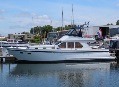 Valkkruiser 1200 Flybridge, Motoryacht for sale by Jachthaven Strand Horst