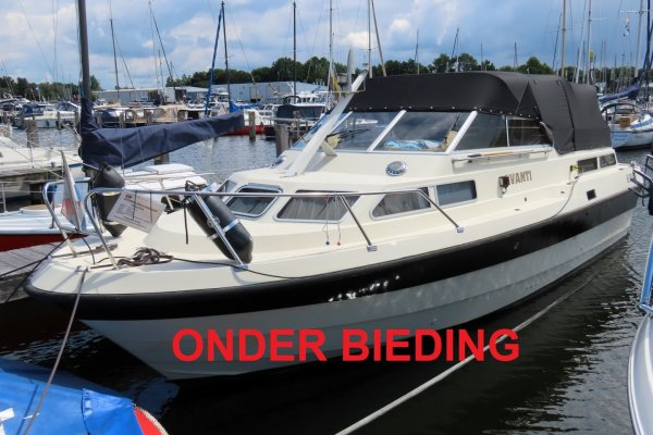 Wiking 28 AK, Motoryacht for sale by Jachthaven Strand Horst