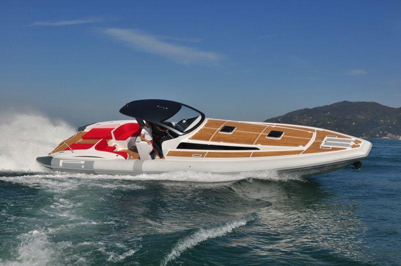 PIRELLI Speedboats 1400 CABIN, Speed- en sportboten  for sale by BestBoats International Yachtbrokers