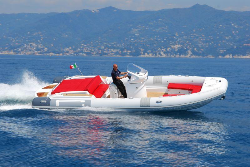 PIRELLI Speedboats 880 Sport, Speed- en sportboten  for sale by BestBoats International Yachtbrokers