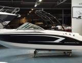 Chaparral 19H20 zwart met 4.5 mpi, Speedboat and sport cruiser Chaparral 19H20 zwart met 4.5 mpi for sale by Klop Watersport