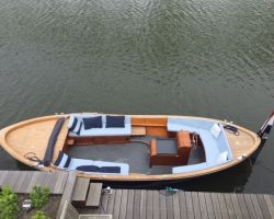 Couronnes Craft 8, Tender Couronnes Craft 8 for sale at Seafury