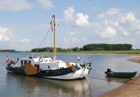Tjalk 1343 - 361203 Tjalk Dutch Barge Peniche, Ex-professionele motorboot Tjalk 1343 - 361203 Tjalk Dutch Barge Peniche te koop bij Loyal Yachts