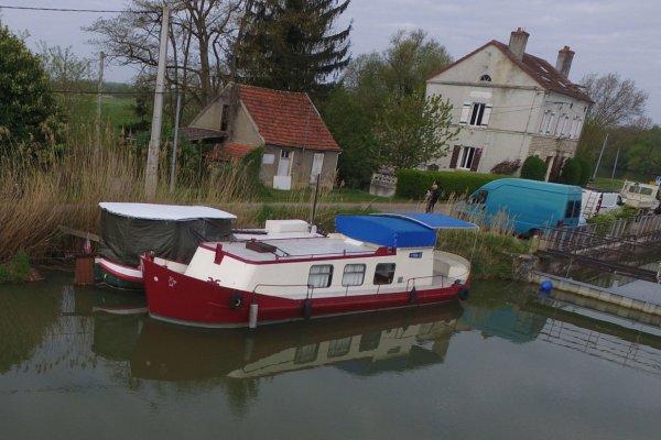 Rivieraak 370406 Canal Barge