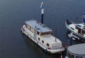 Opgebouwde Kagenaar 370405 River Barge, Ex-professionele motorboot Opgebouwde Kagenaar 370405 River Barge te koop bij Loyal Yachts