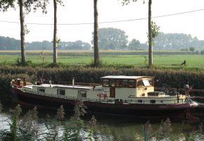 Luxe Motor 2400 TRIWV 370803, Ex-Fracht/Fischerschiff Luxe Motor 2400 TRIWV 370803 te koop bij Loyal Yachts