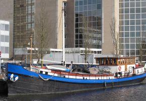 Wad- En Sontvaarder 3388 TRIWV 380202 Dutch Barge, Ex-commercial motor boat Wad- En Sontvaarder 3388 TRIWV 380202 Dutch Barge te koop bij Loyal Yachts