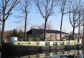 Steilsteven 2100  -  330102. Dutch Barge, Ex-professionele motorboot Steilsteven 2100  -  330102. Dutch Barge te koop bij Loyal Yachts