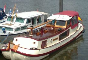 Tjalk1300 - 330204. Platbodem, Ex-commercial motor boat Tjalk1300 - 330204. Platbodem te koop bij Loyal Yachts