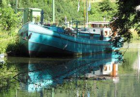 Luxe Motor 2830 - 350802. Voormalig Belgisch ( Temse) Beroepsschip, Motor Yacht Luxe Motor 2830 - 350802. Voormalig Belgisch ( Temse) Beroepsschip te koop bij Loyal Yachts
