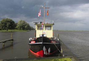 Ex Sleepboot - 360203 Dutch Barge, Ex-professionele motorboot Ex Sleepboot - 360203 Dutch Barge te koop bij Loyal Yachts
