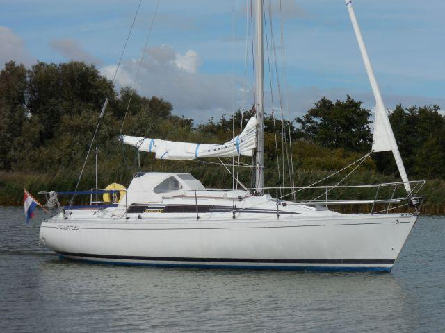 Beneteau First 29, Zeiljacht Beneteau First 29 te koop bij Sailcentre Makkum Yachtservices