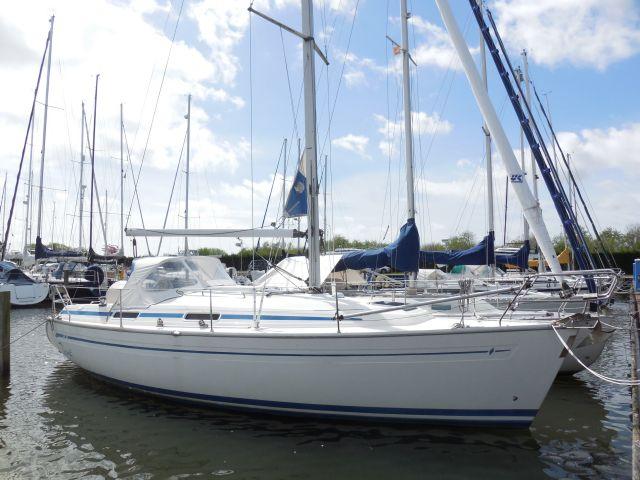 Bavaria 32, Zeiljacht Bavaria 32 te koop bij Sailcentre Makkum Yachtservices