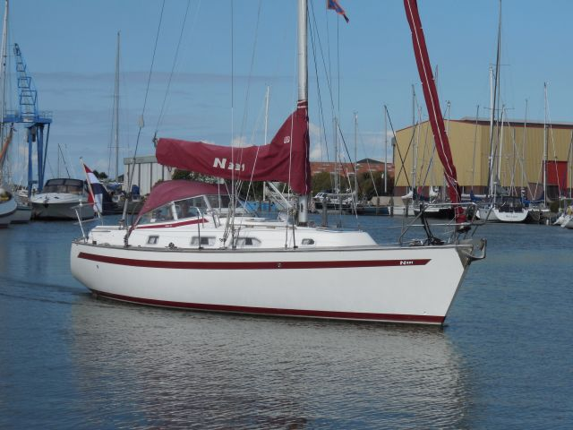 Najad 331, Zeiljacht Najad 331 te koop bij Sailcentre Makkum Yachtservices