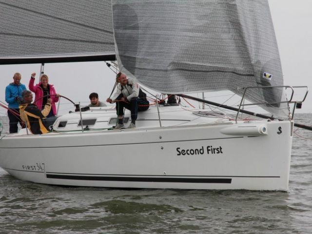 Beneteau 34.7 First, Zeiljacht Beneteau 34.7 First te koop bij Sailcentre Makkum Yachtservices