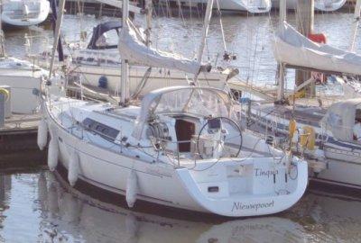 Beneteau Oceanis 37 3 Cabines, Zeiljacht  for sale by eSailing