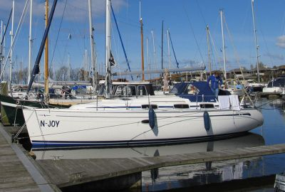 Bavaria 33 Cruiser, Zeiljacht  for sale by eSailing