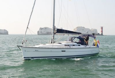 Beneteau Oceanis 323 Clipper Centreboard, Sailing Yacht  for sale by eSailing