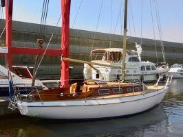 Vindö 40, Zeiljacht  for sale by Zuiderzee Jachtmakelaars