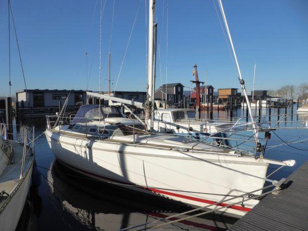 Etap 30i, Sailing Yacht  for sale by Zuiderzee Jachtmakelaars
