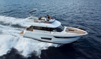 Motor Yacht Jeanneau Velasco 43f for sale