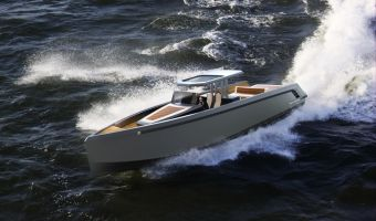 Моторная яхта Bronson 45 для продажи