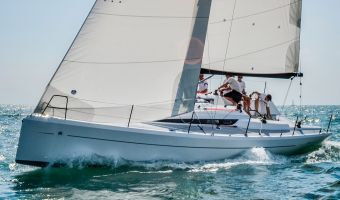 Barca a vela Italia Yachts Iy998 in vendita