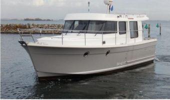Motor Yacht Beneteau Swift Trawler 34s til salg