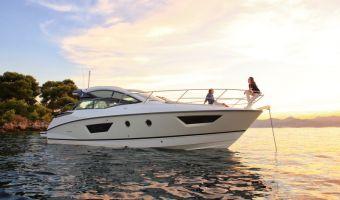 Моторная яхта Beneteau Gran Turismo 40 для продажи
