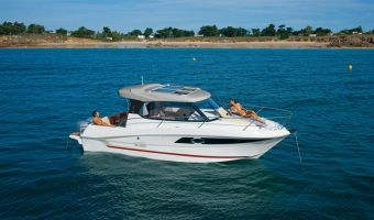 Моторная яхта Beneteau Antares 8.80 для продажи