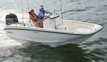 Open motorboot en roeiboot Boston Whaler 170 Dauntless eladó