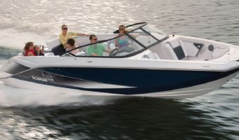 Speedboat und Cruiser Scarab 255 Jetboot zu verkaufen