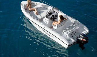 Barca sportiva Ranieri Open Line Voyager 19 in vendita