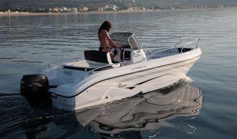 Barca sportiva Ranieri Open Line Voyager 19 S in vendita