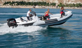 Speedbåd og sport cruiser  Ranieri Cayman 31 Sport Touring til salg