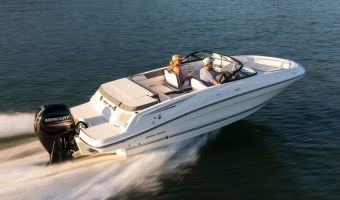 Speedboat and sport cruiser Bayliner Vr5 Outboard for sale