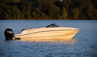 Speedboat and sport cruiser Bayliner Vr6 Outboard for sale