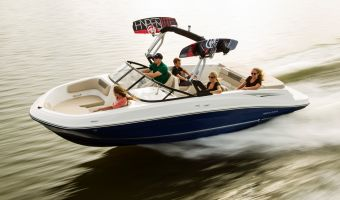Speedboat and sport cruiser Bayliner Vr6 Inboard for sale