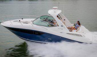 Motorjacht Sea Ray Sundancer 330 eladó