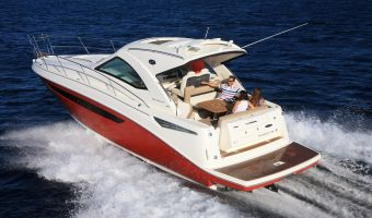 Motorjacht Sea Ray Sundancer 355 eladó