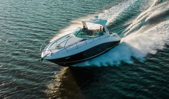 Моторная яхта Sea Ray Sundancer 370 для продажи