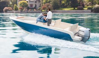Speedboat and sport cruiser Invictus 200 Fx for sale