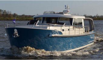 Моторная яхта Luna 44 для продажи