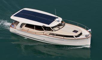 Motoryacht Greenline 33 in vendita