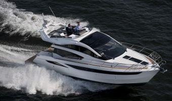 Моторная яхта Galeon 430 Skydeck для продажи