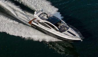Моторная яхта Galeon 560 Skydeck для продажи