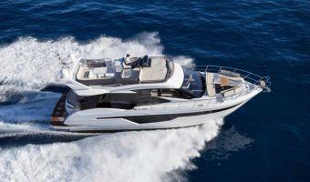 Моторная яхта Galeon 500 Fly для продажи