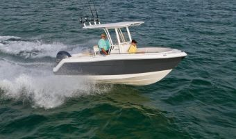 Speedboat and sport cruiser Robalo Center Console R222 for sale