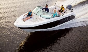 Speedboat and sport cruiser Robalo Dual Console R207 for sale